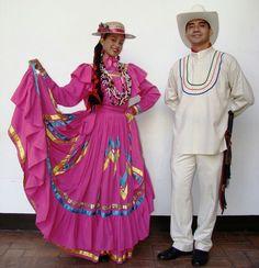 A Honduran couple in Honduras in traditional dresses. - Hondurus
