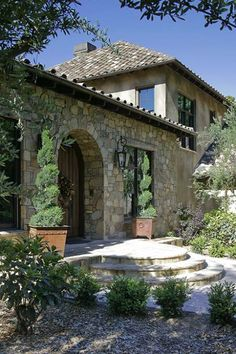 Tuscan Hillside Home & Barn | JMA Distinctive Homes ᘡղbᘠ