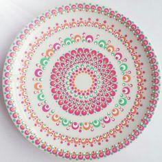 #stipjunkies #workshops #Netherlands Dot Art Painting, Mandala Painting, Pottery Painting, Fabric Painting, Stippling Art, Plate Wall Decor, Mandala Dots, Workshop, Ceramic Art