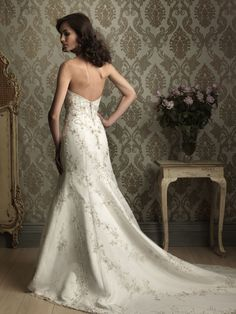 Joanna's Bridal Boutique in Danville is hosting a huge sale this weekend! 300 dresses must go! CALL to get your appointment today! Prom Dresses Uk, Wedding Dresses 2014, Wedding Gowns, Tulle Wedding, Mermaid Wedding, Fantasy Dress, Wedding Styles, Wedding Ideas, Beautiful Dresses