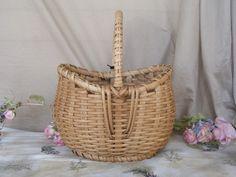 Fish Mouth Basket in Tan | northernpinestudio - Baskets on ArtFire