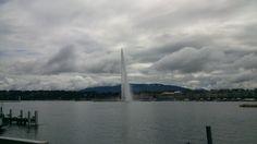 Lac Lèman (Ginebra), un día nublado.