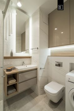 pl Project: KODO A bright, small bathroom in the block. Wooden Bathroom, Small Bathroom, Bathroom Marble, Carrara, Bathroom Interior Design, Interior Design Living Room, Marble Wood, Countertops, Toilet