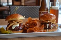 New Orleans Recipes : Meatloaf Sliders with Tabasco mayo & crispy fried onions