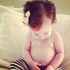 Her red hair and chunky belly is killing me! Dream daughter!