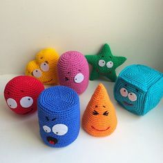 """The location where building and construction meets style, beaded crochet is the act of using beads to decorate crocheted products. """"Crochet"""" is derived fro Crochet Game, Crochet Baby Toys, Crochet Amigurumi, Newborn Crochet, Crochet Toys Patterns, Bead Crochet, Cute Crochet, Amigurumi Patterns, Stuffed Toys Patterns"""
