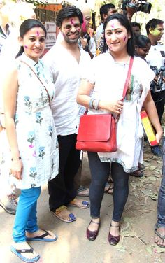 Smita Bansal and Jayati Bhatia at Holi party hosted by Javed Akhtar and Shabana Azmi Marriage Images, Holi Party, Dia Mirza, Host A Party, Bollywood Fashion, Fashion Beauty, Actors, Celebrities, Pictures