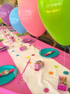 Guest Tablescape from a Shopkins Birthday Party via Kara's Party Ideas - KarasPartyIdeas.com (5)