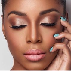 champagne gold makeup naked palette brows on point on fleek eyeshadow black