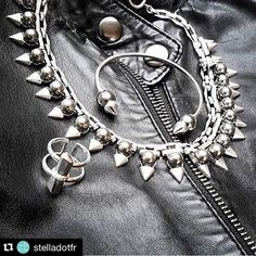 On a la rock attitude ou on l'a pas ! Totalement fans de ce look   http://ift.tt/1IcfR5w  #stelladotstyle #rock #rockattitude #lookrock #rock #sdjoy #bracelet #bague #regram @suzkling