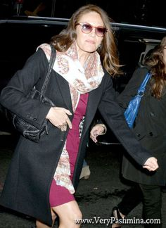 #DianeLane Wears A Burgundy And Paisley #Scarf To Good Morning America