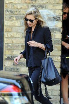 Kate Moss Photo - Kate Moss Leaves Her London Home
