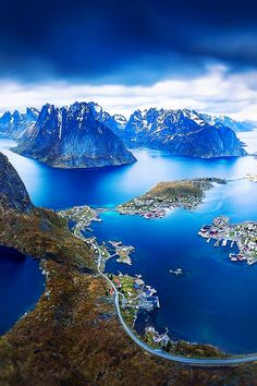 Lofoten Norway. Lofoten, Places To Travel, Places To See, Travel Destinations, Wonderful Places, Beautiful Places, Landscape Photography, Nature Photography, Photography Tips