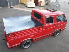 Car Pics, Car Pictures, Vw Doka, Old Campers, Volkswagen, Van, Trucks, Vehicles, Truck