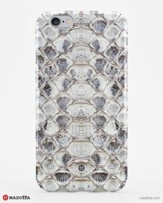 iPhone 6_MDTTA-3D0960_Grey Python Snakeskin Belly