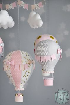 Personalized Hot Air Balloon Baby Mobile, Pastel pink grey and gold Baby Mobile, Nursery Decor, Balloon Nursery, Baby Shower Gift Girl Baby Shower Decorations, Baby Shower Themes, Baby Shower Gifts, Baby Girl Gift Baskets, Baby Girl Gifts, Hot Air Balloon, The Balloon, Baby Girl Birthday Theme, Ideas Dormitorios