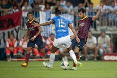 Cesc controla un balón. | Málaga 0-1 FC Barcelona. [25.08.13]