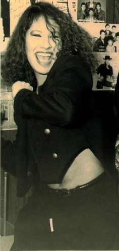 Selena Quintanilla, she's always so joyful! Selena Quintanilla Perez, Selena Pictures, Selena Pics, Selena Selena, Selena Museum, Selena And Chris, Jackson, Her Music, Corpus Christi