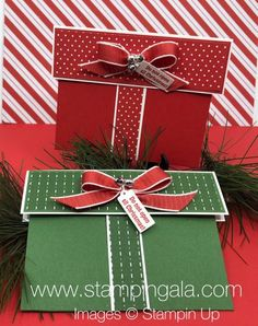 A gift card holder is the project for Day of my 12 Days of Christmas. It seems as though we can never have enough gift card hol. Stampin Up Christmas, 12 Days Of Christmas, Christmas Tag, Handmade Christmas, Christmas Crafts, Christmas Envelopes, Christmas Gift Card Holders, Xmas Cards, Holiday Cards