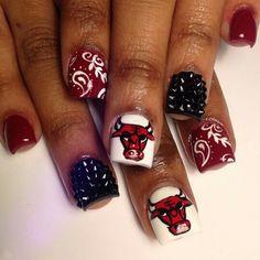 Chicago Bulls IG: @queenofnails