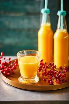 Téli immunerősítő smoothie | Street Kitchen Hot Sauce Bottles, Food Art, Smoothies, Panna Cotta, Blog, Paleo, Diet, Drinks, Health