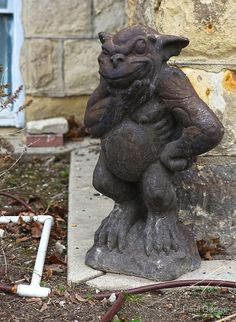 I want to buy this smiling gargoyle! If anyone knows where to find him please let me know! #Grotesque #Gargoyle