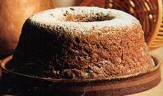 bossola  un dolce facile ed ottimo  http://www.mentaerosmarino.org/bossola-la-morbida-torta-a-ciambellone/