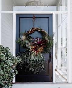 """A L A N N A S M I T (@alannasmitdesigns) posted on Instagram: """"H O L Y W R E A T H Can't sleep, too darn excited to see what @theplantstylist_ creates for my front door this year!!!! This weekend I am…"""" • Nov 27, 2019 at 9:28pm UTC Darning, Grapevine Wreath, Grape Vines, Christmas Wreaths, Christmas Ideas, Sleep, Doors, Create, Holiday Decor"""