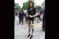 [París] Pantalones batik, una de las estampas más divertidas. Foto:Agustina Garay Schang