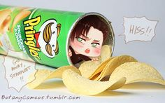 Imagine finding this in your Pringles. I would keep him and pet him :)