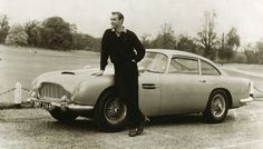 Ecuestre Q temática por Aston Martin listo para subasta benéfica