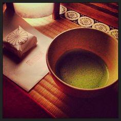 お庭を観ながらお抹茶。贅沢をしました。。。 (青蓮院 (青蓮院門跡) Shoren-in)