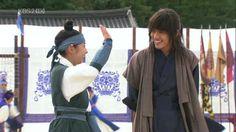 Yoo Ah In as Moon Jae Shin