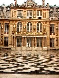 facade and flooring pattern  French Baroque is a form of Baroque architecture that evolved in France during the reigns of Louis XIII (1610–43), Louis XIV (1643–1714) and Louis XV (1714–74).