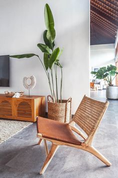 Rattan and Stretched Leather Lounge Chair - Saddle – Saffron + Poe chair design Rattan and Leather Lounge Chair - Saddle Lounge Design, Rattan Furniture, Furniture Design, Plywood Furniture, Wood Chair Design, Plywood Chair, Furniture Vintage, Chaise Diy, Bali Style Home
