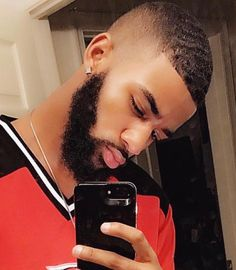 Source by The post appeared first on Vanily. Black Men Haircuts, Black Men Hairstyles, Top Hairstyles, Fresh Haircuts, Waves Hairstyle Men, Waves Haircut, Hair And Beard Styles, Curly Hair Styles, Beard Haircut