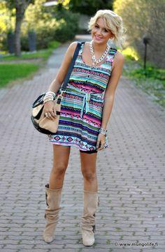 I love dresses + boots :)