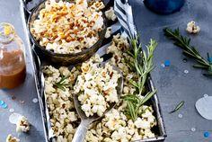 Unser beliebtes Rezept für Popcorn süß und salzig (mit Karamell und Rosmarin) und mehr als 55.000 weitere kostenlose Rezepte auf LECKER.de. Snack Recipes, Snacks, Popcorn, Yummy Food, Delicious Recipes, Vegetables, Cooking, Healthy, Note
