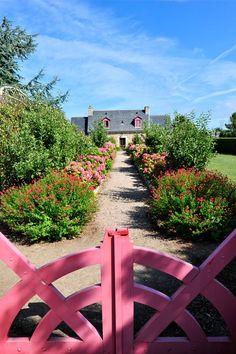 Petit coin de Paradis (Little Paradise) Isle-de-Bréhat, Brittany, France