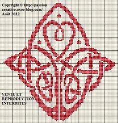 Amour symbole celte Celtic Patterns, Celtic Designs, Minecraft Pattern, Minecraft Ideas, Cross Stitch Designs, Cross Stitch Patterns, Cross Stitching, Cross Stitch Embroidery, Celtic Quilt