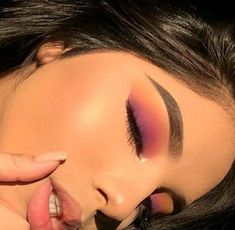 Eye make up uploaded by babygirl on We Heart It Image shared by babygirl. Find images and videos about inspiration, make up and purple on We Heart It – the app to get lost in what you love. – Das schönste Make-up Makeup Eye Looks, Cute Makeup, Pretty Makeup, Skin Makeup, Beauty Makeup, Gorgeous Makeup, Simple Eyeshadow Looks, Eyelashes Makeup, Long Eyelashes