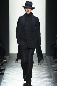 Bottega Veneta / Fall 2016 / Look 2 of 50 / Menswear Fashion Show RTW