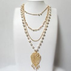 Collar Perlas Hoja Otoño