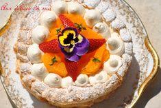 """750g vous propose la recette """"Pavlova à l'orange et fraises de Christophe Michalak"""" publiée par cricri3005."""
