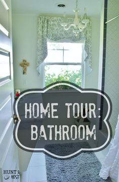 Hunt & Host Home Tour: Bathroom