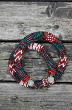 Handmade crocheted necklace - geometric pattern, toggle clasp.