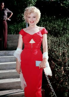 """"""" Marilyn Monroe photographed at Ray Anthony's party, 1952. """""""