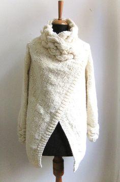 Orden de encargo para Mollychic29 mano knit cardigan por ovejanegra