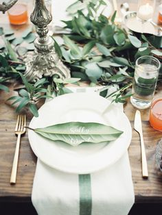 Magnolia leaf place cards//