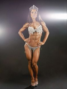 Andreia Brazier. WBFF Pro World Champion and Fitness Model.